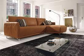 A lakáshoz illő egyedi bútor mindig kellemes érzést nyúj az ott élőknek