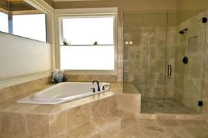 Zuhanyfal több méretben